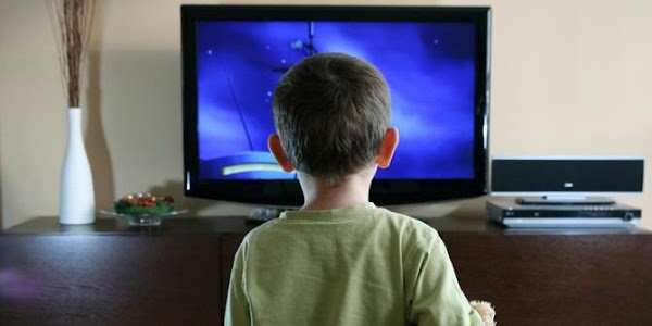 Watching TV Too Much Turns Out Not to Damage Children's Eyes