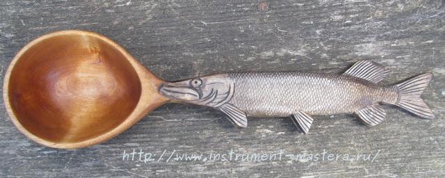 деревянный черпак