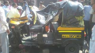 कारच्या धडकेत रिक्षा चालकासह प्रवासी जखमी