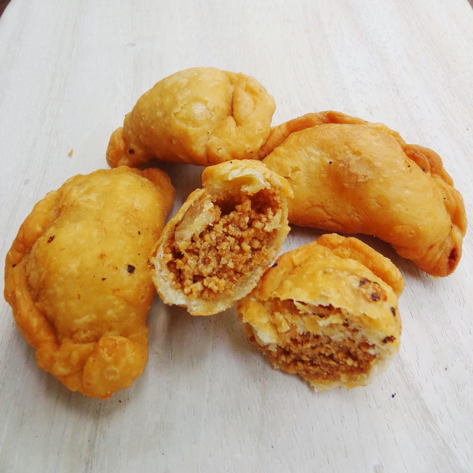 empanada filling, cashew nut, easy empanada recipe, homemade peanut butter, dough recipe
