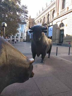 Bulle & Bear Sculptures Frankfurt.