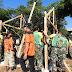 Bhakti Untuk Negeri, Yonarmed 12/Divif 2 Kostrad Bersama ICN Peduli Gelar Bedah rumah Mbah Supali