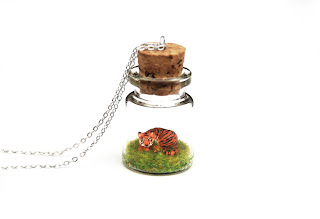 https://www.etsy.com/uk/listing/474688992/tiger-necklace-miniature-terrarium?ref=shop_home_active_4