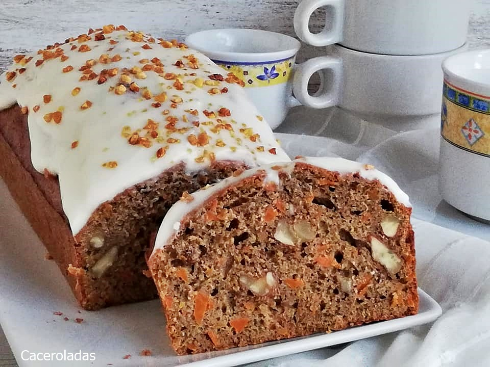 "Tarta de zanahoria o Carrot cake - ""Irresistible y muy fácil"""