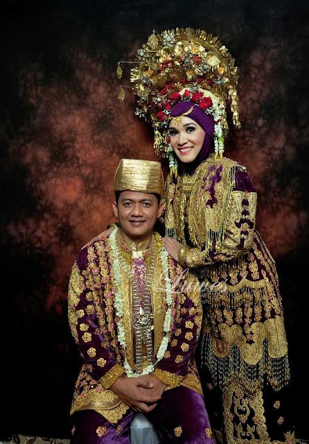 Rias pengantin tradisional adat padang