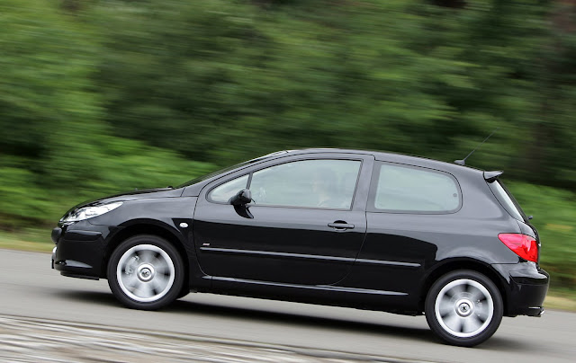 car of the year peugeot 307