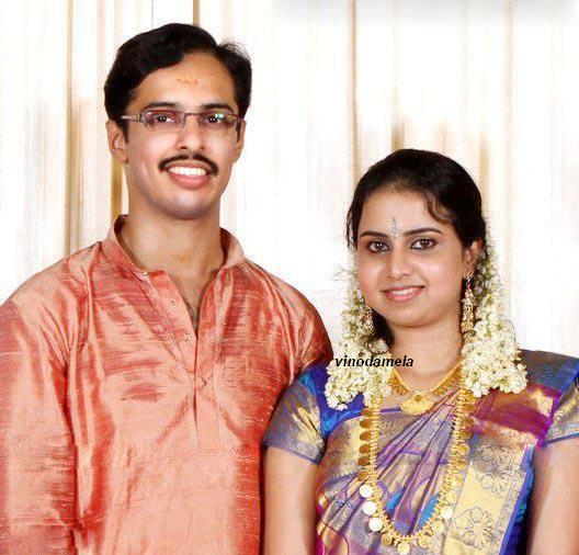 Singer Mridula Warrier Marriage News and Photos