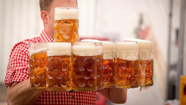 Descubren que incluso el consumo moderado de alcohol aumenta el riesgo de cáncer de próstata