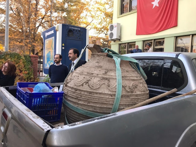Farmer discovers giant Byzantine-era pithos in central Turkey