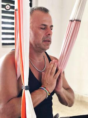 yoga aéreo restaurativo