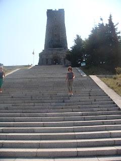 Şipka anıtına çıkarken