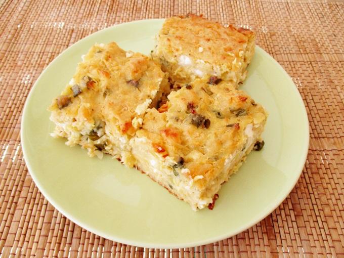 Καλοκαιρινή πίτα με κολοκυθάκια, πατάτα και φέτα