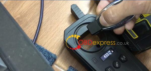 vvdi-mb-keydiy-change-mercedes-remote-315mhz-and-433mhz-08