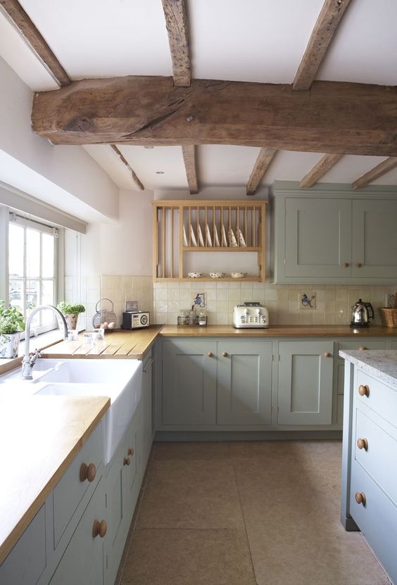 Charming country kitchen with striking wood ceiling beams. Blue and White Kitchen Decor Inspiration { 40 Home Decor Ideas to PIN}