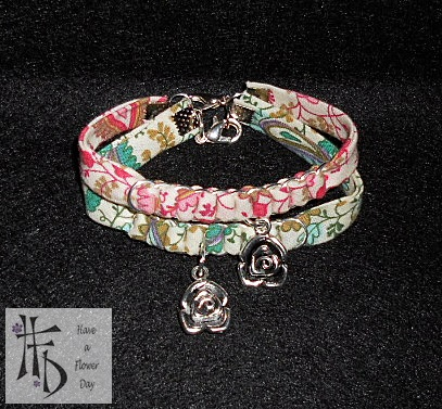 LIBERTY ROSE. Pulseras con cinta liberty trenzada con anillas y flor / Bracelets with liberty ribbon braided rings and flower