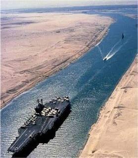 ثلث التجارة العالمية أصبحت تمر من قناة السويس