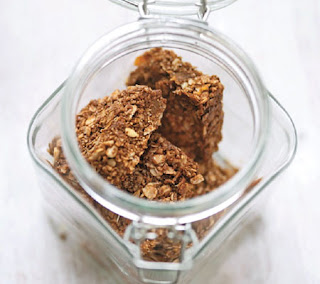apricot and treacle flapjacks recipe