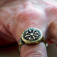 украшения викингов купить кольцо викингов купить рунический компас
