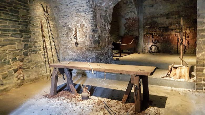 城堡內的刑求室
