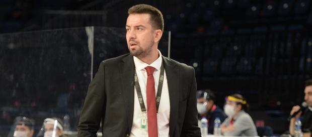 Ömer Uğurata: Galatasaray'ı tekrar hak ettiği yerlere çıkarmak için çalışacağız.