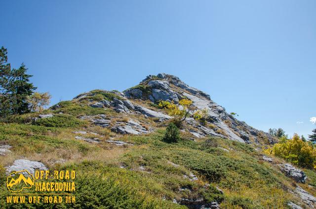 Nidze Mountain, Sokol peak