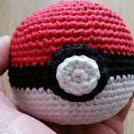 http://www.ravelry.com/patterns/library/pokeball-11