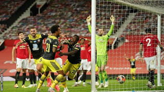Video Manchester United 2 - 2 Southampton: Late Goal Denies Manchester united Top 4