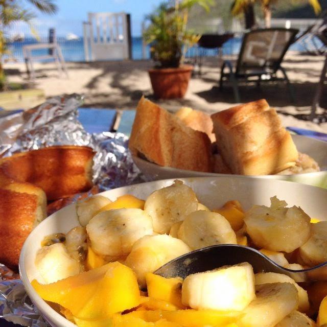 Sweet Kwisine, Martinique, Grande Anse, Caraïbes, caribbean, salade de fruits, fruit salad, banana, banane, passionfruit, fruit de la passion, maracuja, mango, mangue, grande Anse, vacances, holidays, beach, sea