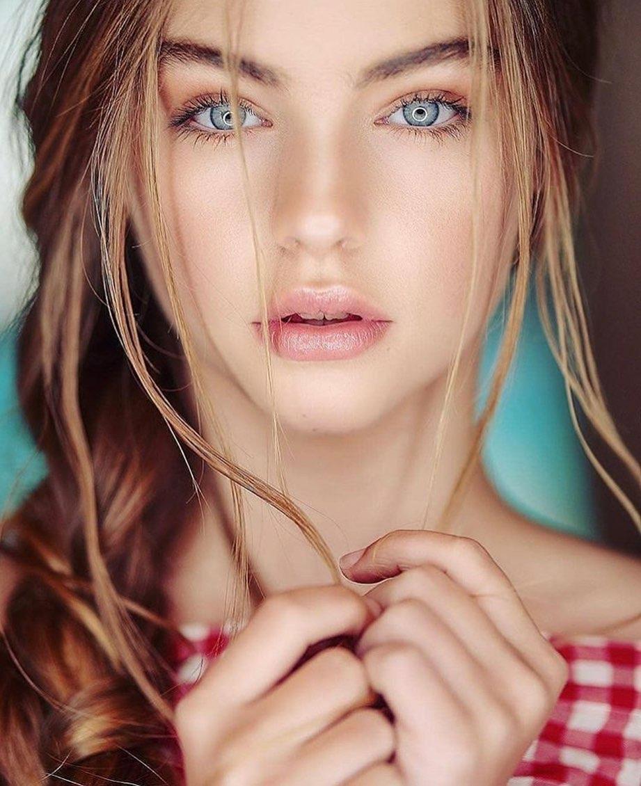 Beautiful Top TikTok Girls