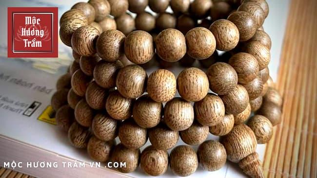 Ý nghĩa về mặt tinh thần và sức khỏe khi đeo vòng trầm hương
