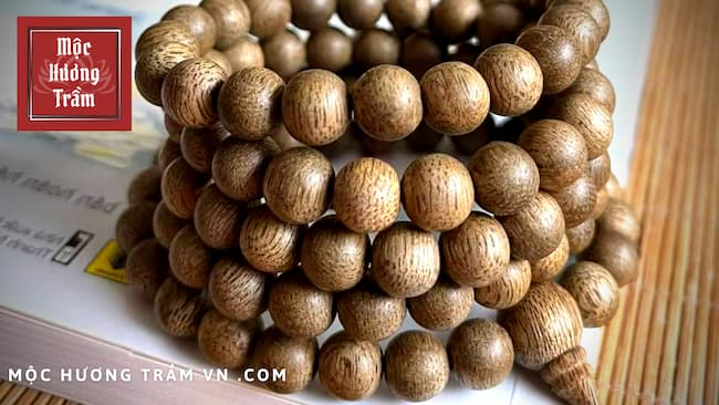 Giá vòng tay trầm hương Indo
