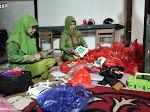 Serahkan Bantuan ke Posko Bersama, MUSLIMAT NU Wajo: Semoga Para Donatur Dilimpahkan Rezeki