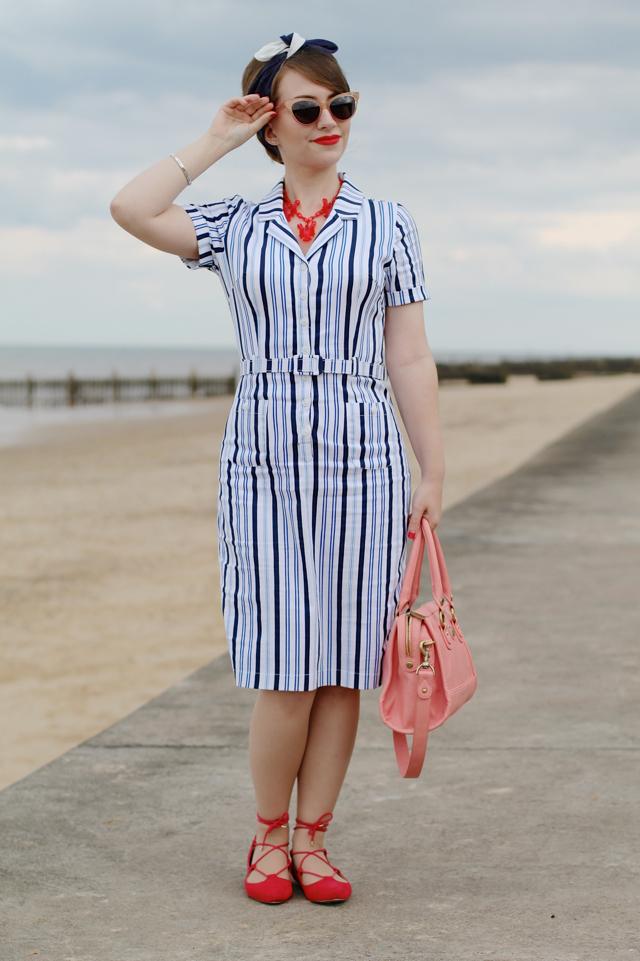Collectif Caterina pencil dress in stripe