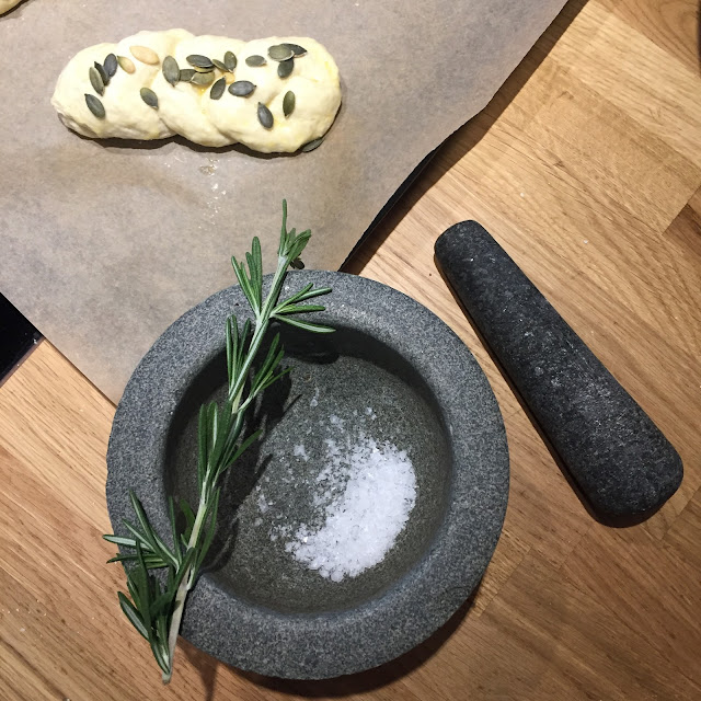 rosemary maldon sea salt pestle mortar