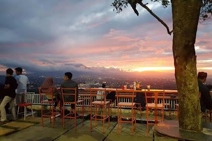 De Kendor Hambalang Tempat Ngopi di Bogor View Bagus