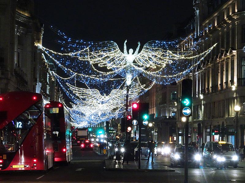 London_Gorgeous_Christmas_Lights_Photographs_Regent_street