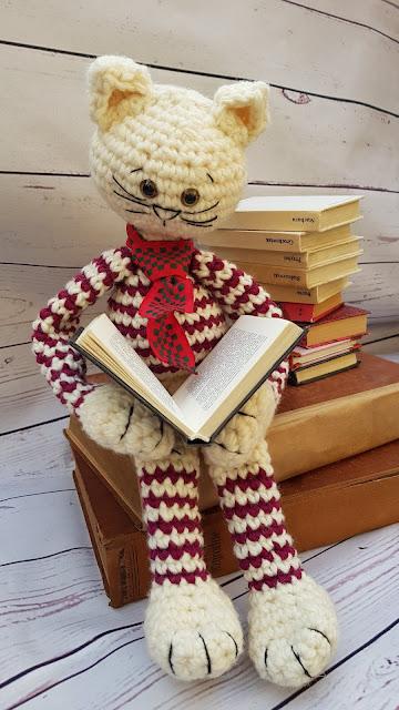 czytający kot…