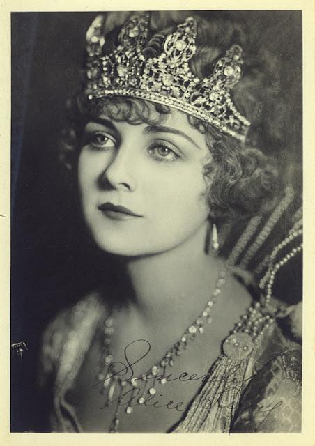 Alice Terry
