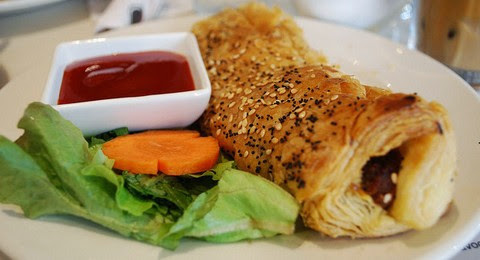 Lamb Sausage Pastry with Sweet and Sour Chili Sauce