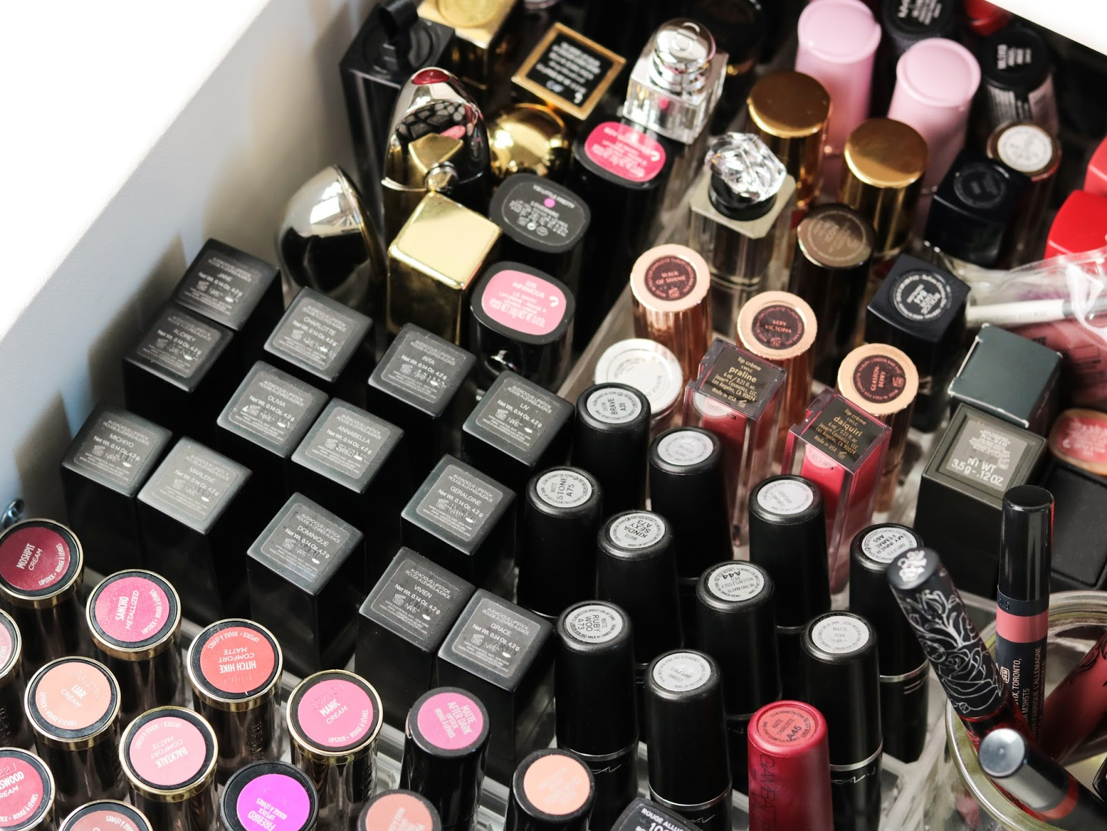 Tag Crazy about lipstick