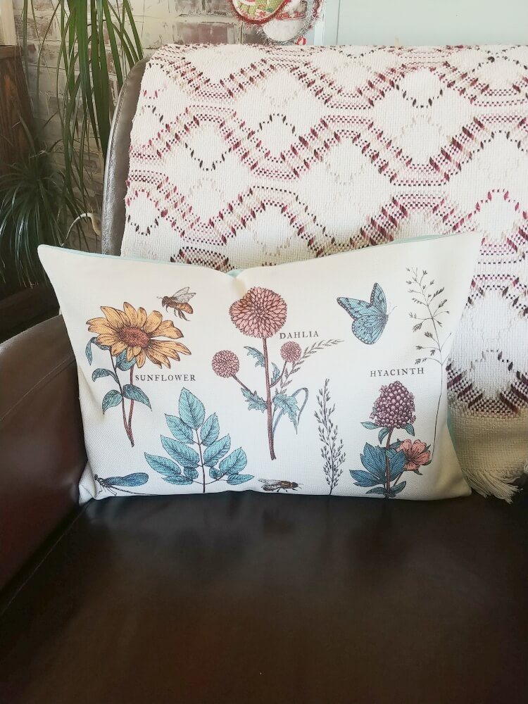 Decorating with Decocrated - Spring Box Review!