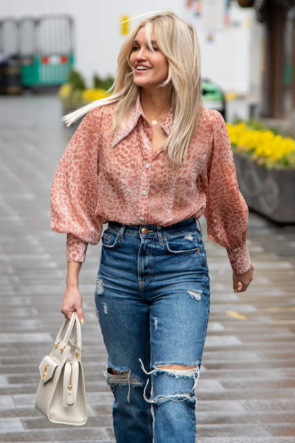 Ashley Roberts – In Ripped jeans at Global Studios Heart Radio in London