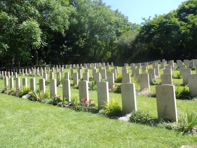 cementerio parque ciudadela poznan