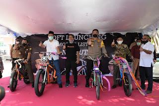 Gubernur Luncurkan NgebUTS, Sepeda Motor Listrik Asli Buatan NTB
