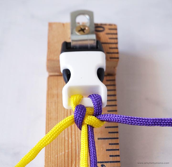Paracord Bracelet Step 6