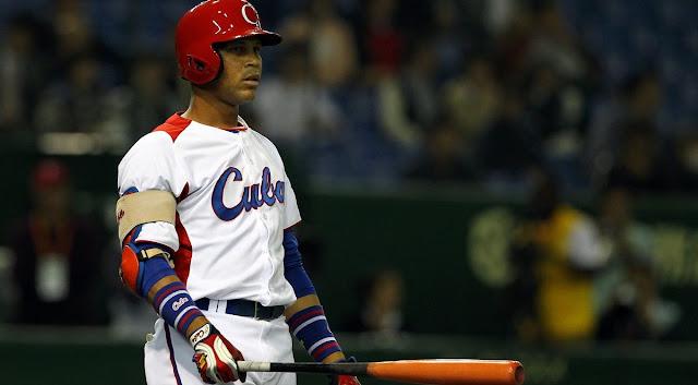 A sus 30 años José Miguel Fernández todavía está buscando su oportunidad en la MLB y depende exclusivamente de su ofensiva al estilo caribeño, por su incapacidad para moverse de posición, su pobre velocidad en las bases y la falta de poder con el madero