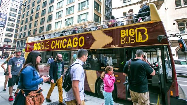 Passeio de ônibus turístico em Chicago
