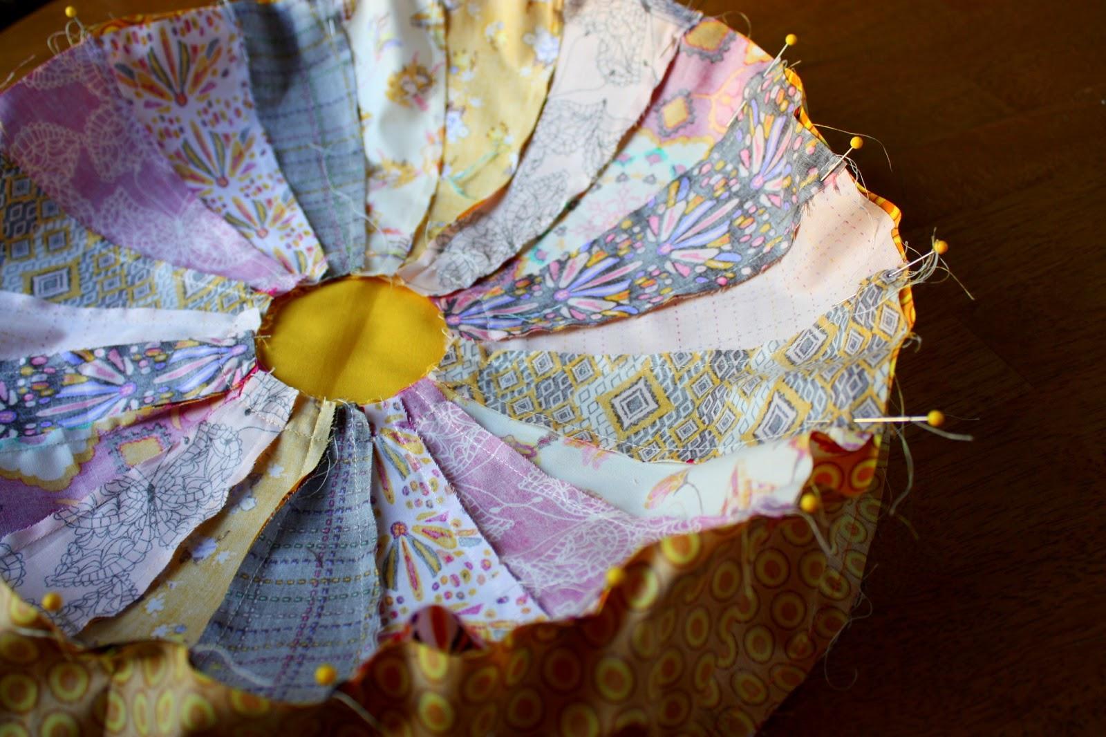 Dresden Pillow Tutorial Diary Of A Quilter A Quilt Blog