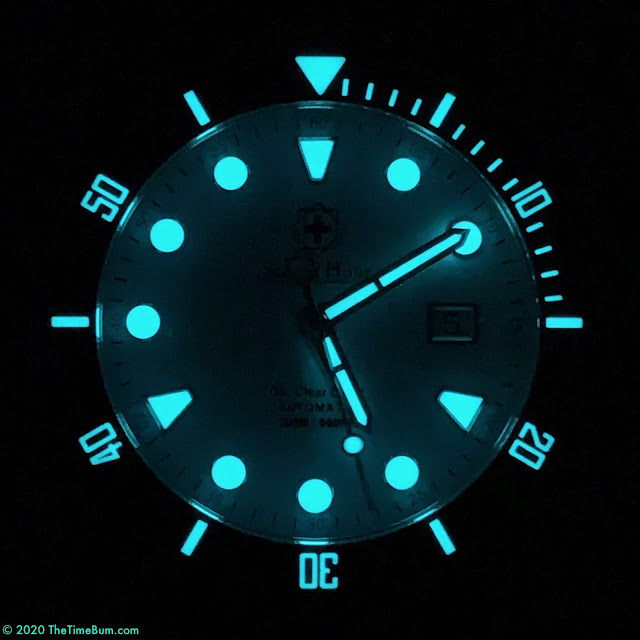 Second Hour Gin Clear Diver Pastel Blue lume
