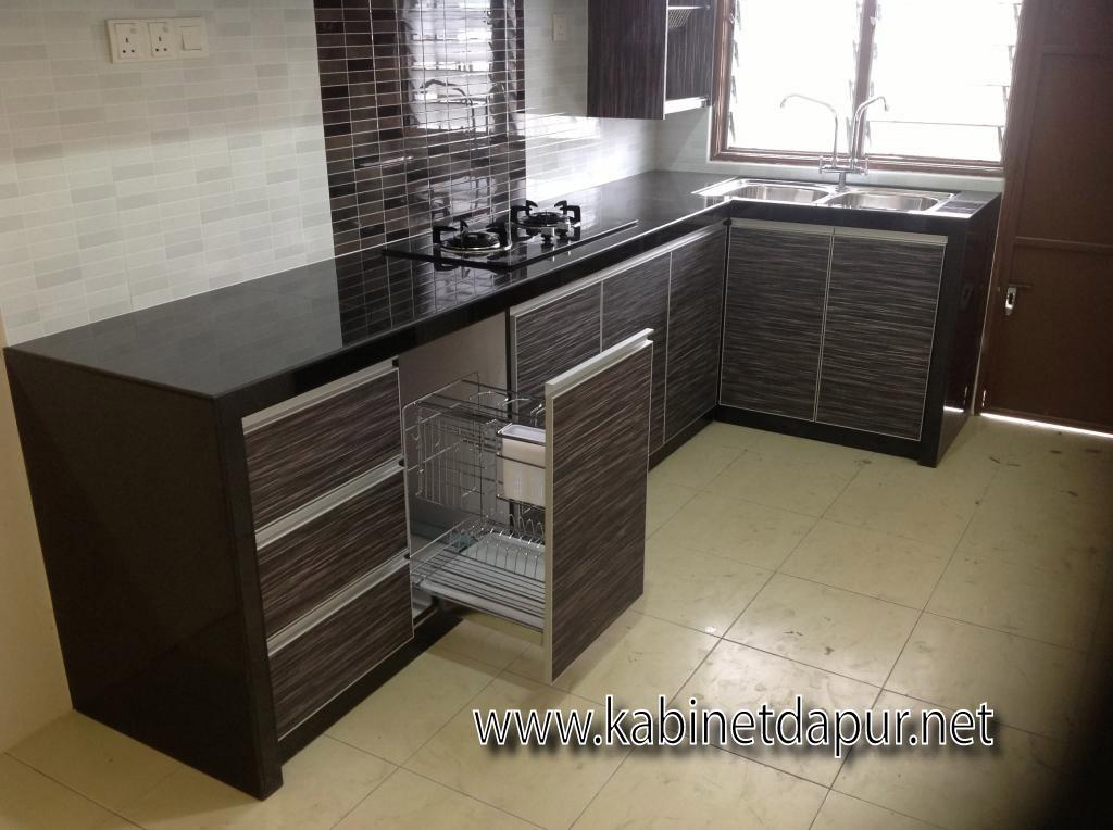 Ini Projek Kabinet Dapur Kami Bulan Julai 2017 Tuan Rumah Encik Syakirin Memilih Table Top Konkrit Dan Pintu Jenis Melamine Rekabentuk Terkini Kemas